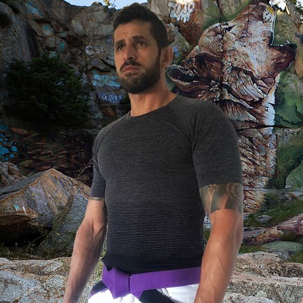 camiseta-gris-hombre